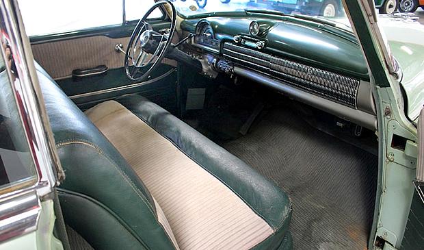 1951 Olds Super 88 Interior