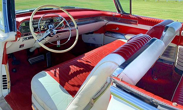 1958 Cadillac Eldorado Biarritz Convertible Interior