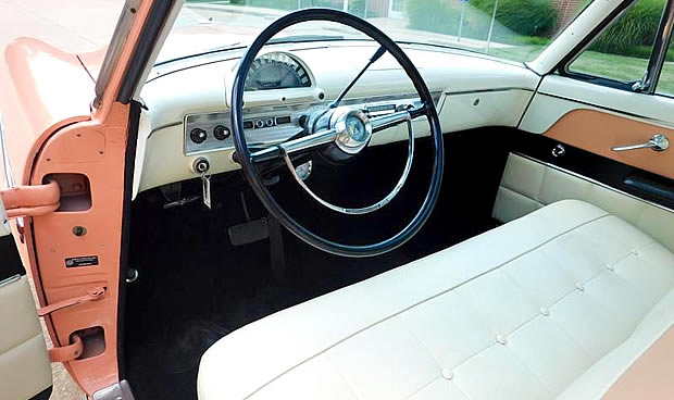 1954 Ford Crestline Interior / Dashboard