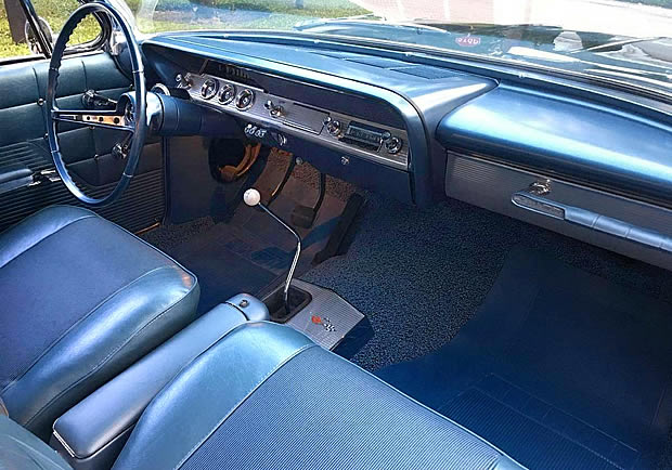 Bucket seat interior