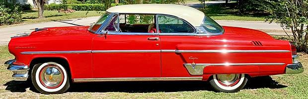 1954 Lincoln Capri - Side View