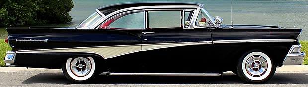 1958 Ford Fairlane 500 Club Victoria - Side view