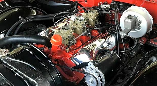 1960 Chevy 348 V8 Tri-Power