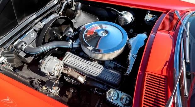 327 Turbo-Fire V8 - 1967 Corvette