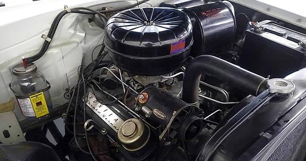 Pontiac 317 cubic inch V8