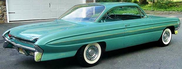 1961 Oldsmobile Dynamic 88 Rear