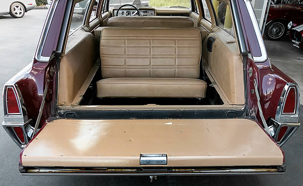 65 Colony Park Rear Seat