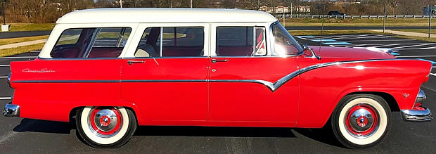 55 Ford Country Sedan - Side view