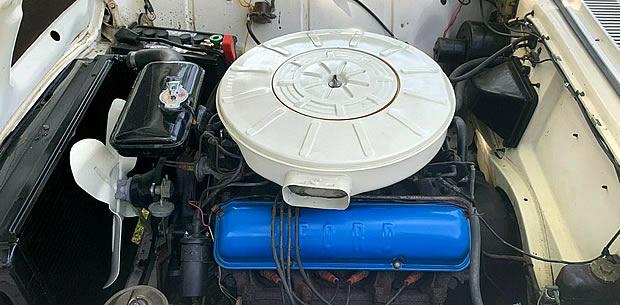 1959 Ford 352 Thunderbird Special V8
