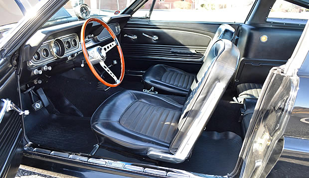 Shelby GT-350H interior included a rear seat as standard