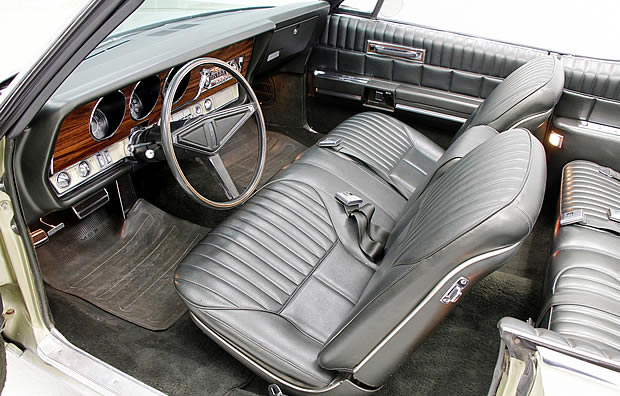 1968 Oldsmobile Ninety-Eight Convertible Interior