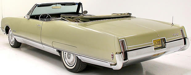 1968 Oldsmobile 98 Rear View