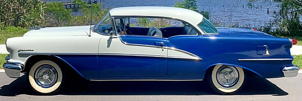 Side view of the 1955 Oldsmobile Ninety-Eight