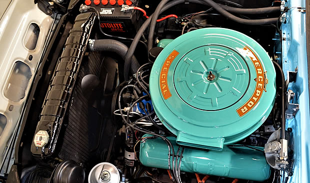 1959 Ford 332 cubic inch Thunderbird Special V8