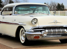 1957 Pontiac Star Chief 2-door hardtop Catalina