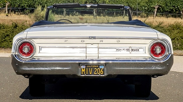 rear view of the 1964 Ford showing the round taillights
