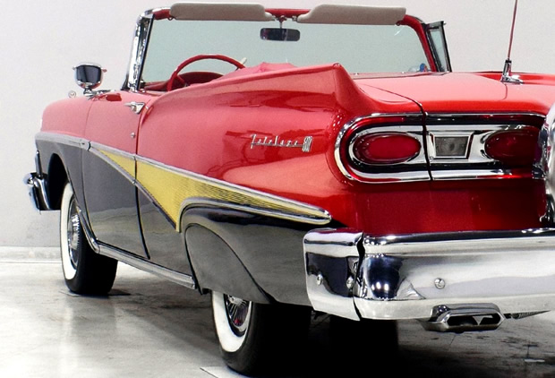 Rear view showing the taillights of a 1958 Ford Sunliner