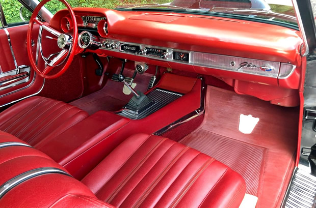 63 Galaxie 500 XL interior showing the bucket seats and 4-speed manual shifter