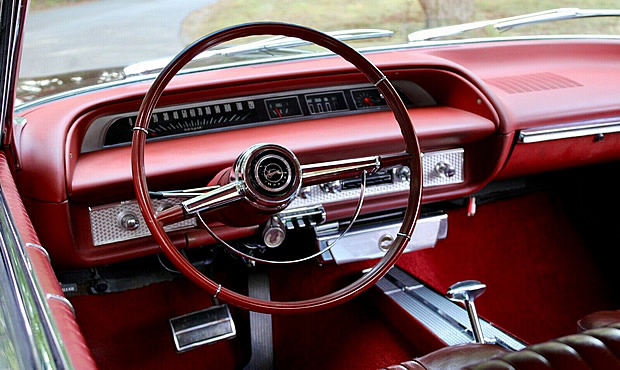 Instrument panel of a 64 Chevrolet Impala SS