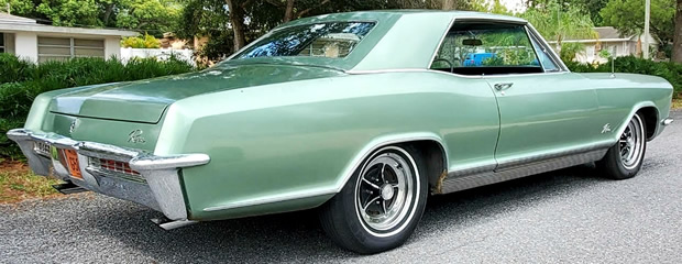 rear of a 65 Buick Riviera