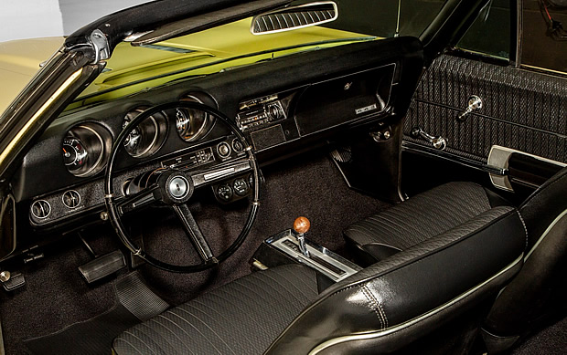 inside a 68 Olds 442 - with bucket seats