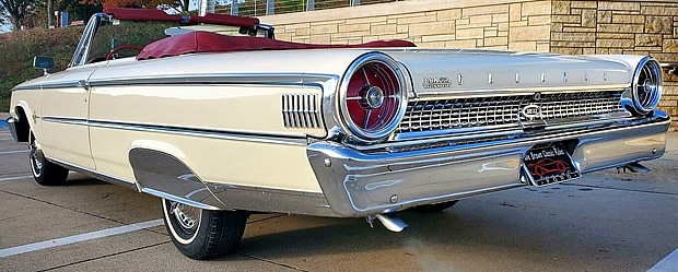 63 Ford Galaxie 500 XL Rear view - taillights