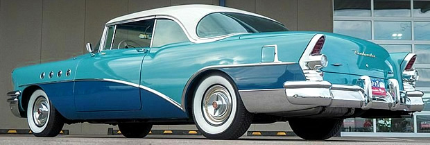 rear view of a restored 1955 Buick ROadmaster