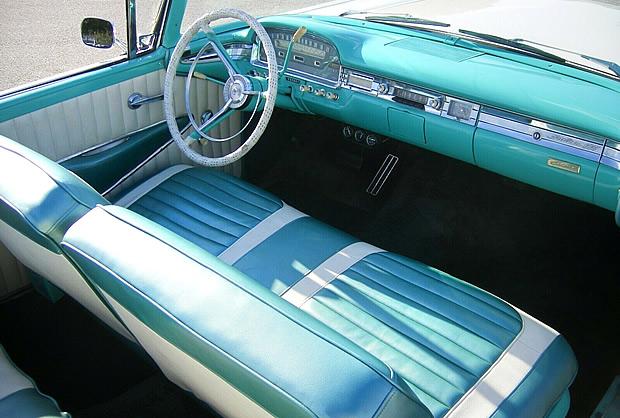 1959 Ford Sunliner Interior