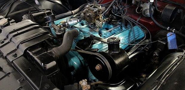1961 Oldsmobile 394 V8 Rocket