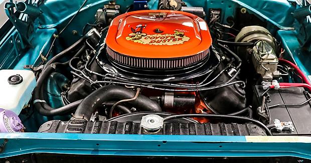 1969 Plymouth 426 Hemi V8 engine