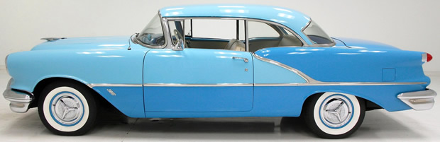 1956 Oldsmobile 88 2-dr Holiday - side view