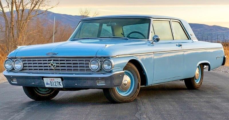 1962 Ford Galaxie 500 2 door Club Sedan